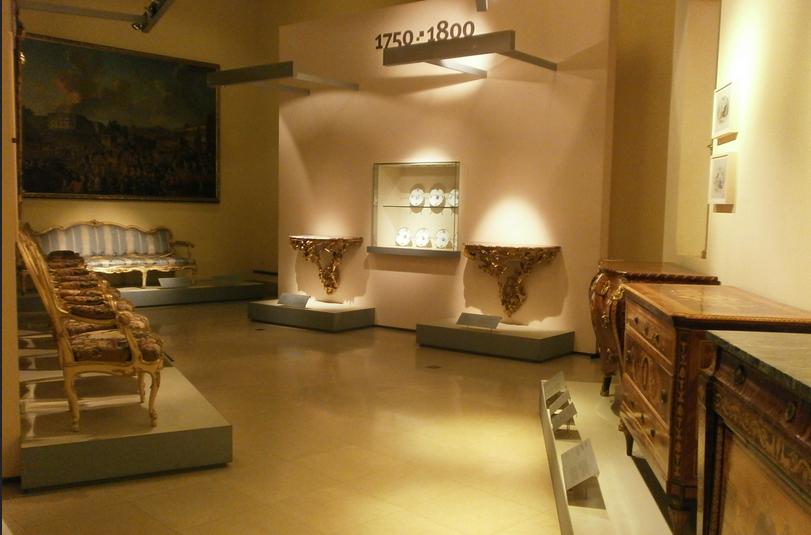 milano_musei_di_castello_sforzesco_museo_dei_mobili_e_delle_sculture_lignee_INT_001